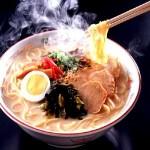 今日使える雑学~ラーメン、はじめにスープから飲む? 麺から食べる?